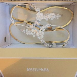 Michael Kors Tricia Thong Sandals Size 10